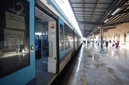 Zagreb voz
