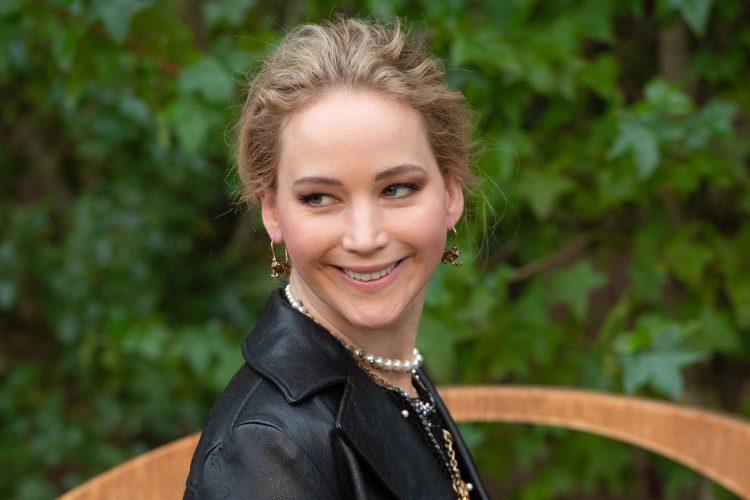 Dženifer Lorens