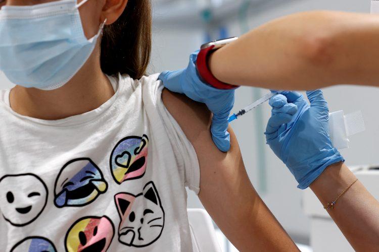Deca vakcina vakcinacija tinejdzeri
