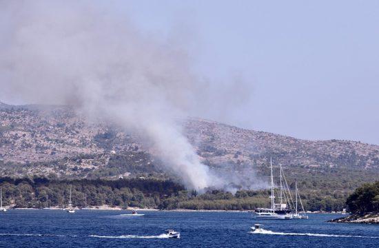 Hrvatska, Brač, požar
