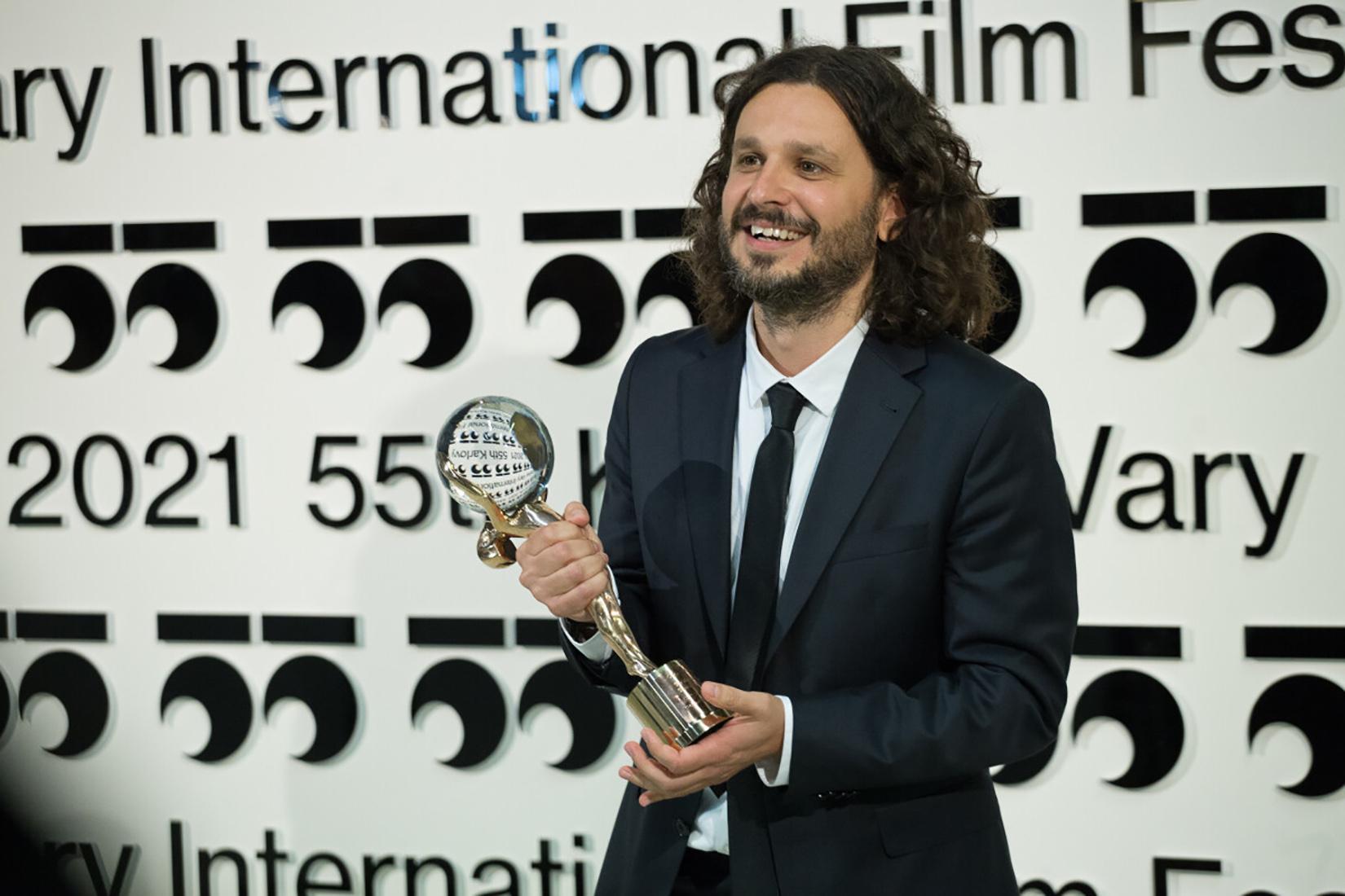Stefan Arsenijević medjunarodni filmski festival u Karlovim Varima, Karlovi Vari, film Banović Strahinja, reditelja Stefana Arsenijevića osvojio je glavnu nagradu
