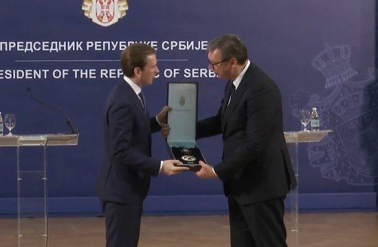 Sebastijan Kurc, Aleksandar Vučić, orden