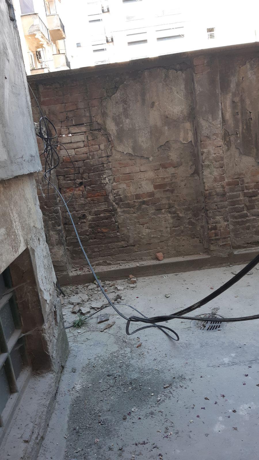 Avalska ulica, Nikolaja Krasnova, obrušio se zid