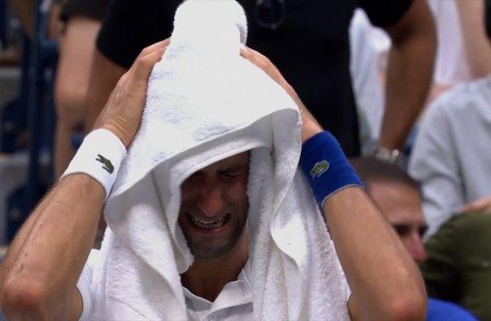 Novak u suzama na pred kraj finala US Opena