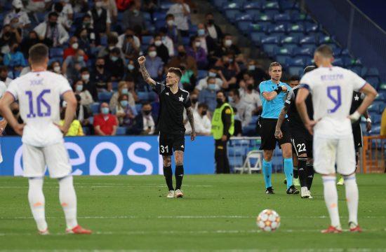 FK Real Madrid, Sebastijen Til