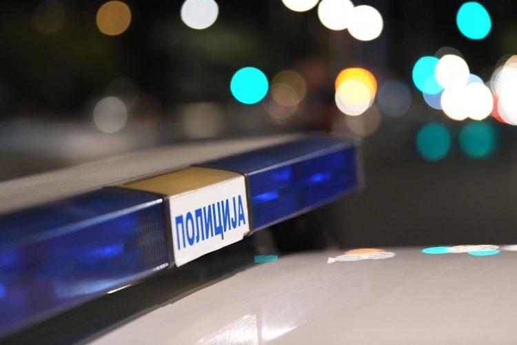 Konjarnik, pucnjava, muškarac pucao na policiju, policija