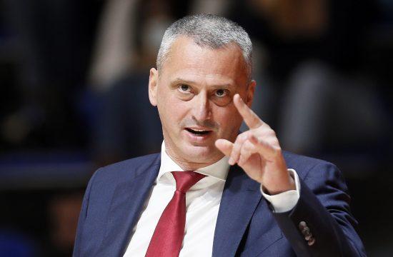 Dejan Radonjić drugi najtrofejniji trener Evrolige ove sezone