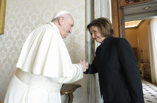 Nensi Pelosi i Papa Franja