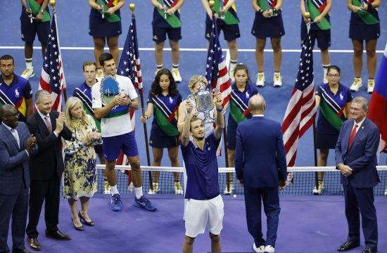 Novak Đoković i Danil Medvedev, smena na vrhu