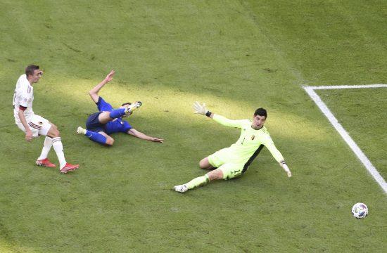 Tibo Kurtoa ljut na UEFA i FIFA