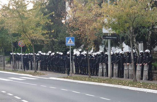 Bulevar Kneza Aleksandra Karadjordjevica protest policija