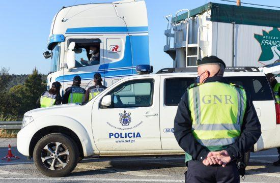 Portugal, granica, carina, carinik, granična policija, šećer, sok