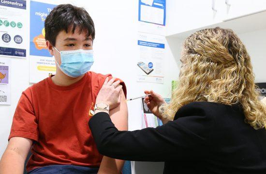 Deca, vakcinacija