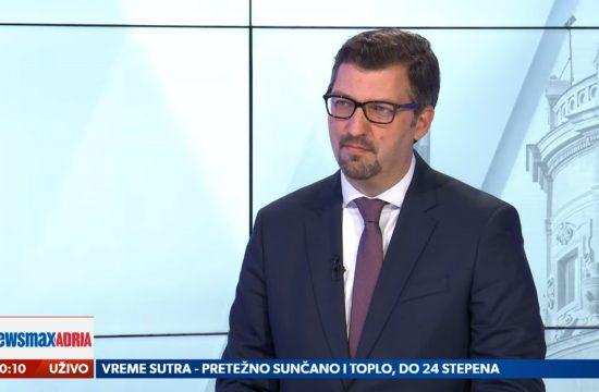 Srđan Majstorović, Sradjan Majstorović, predsednik upravnog odbora Centra za evropske politike, Centar za evropske politike, i član grupe Balkan u Evropi BIEPAG Newsmax Adria